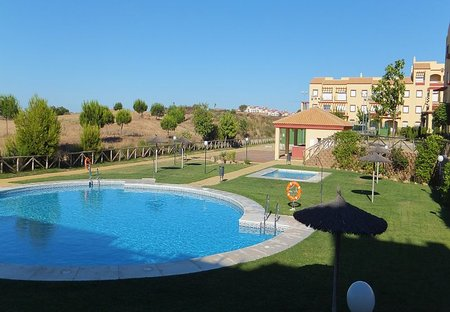 Apartment in Ayamonte, Spain: Pool view (early morning)