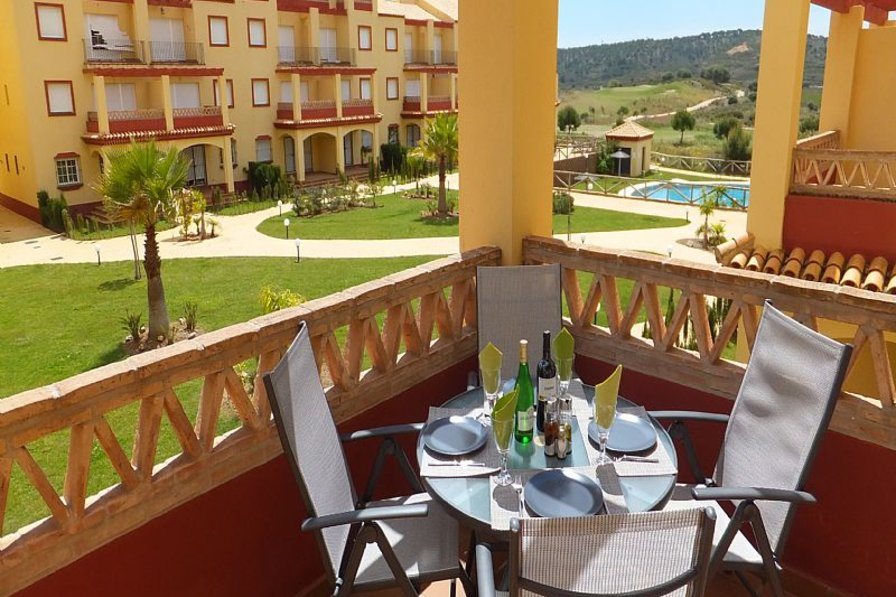 Apartment in Spain, Ayamonte: Patio with view to pool and golf course