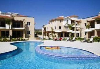 Apartment in Cyprus, Pyla: Swimming pool