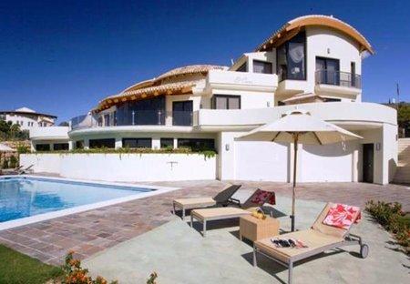 Villa in Villa Padierna Golf Club - Flamingos Course, Spain: The villa