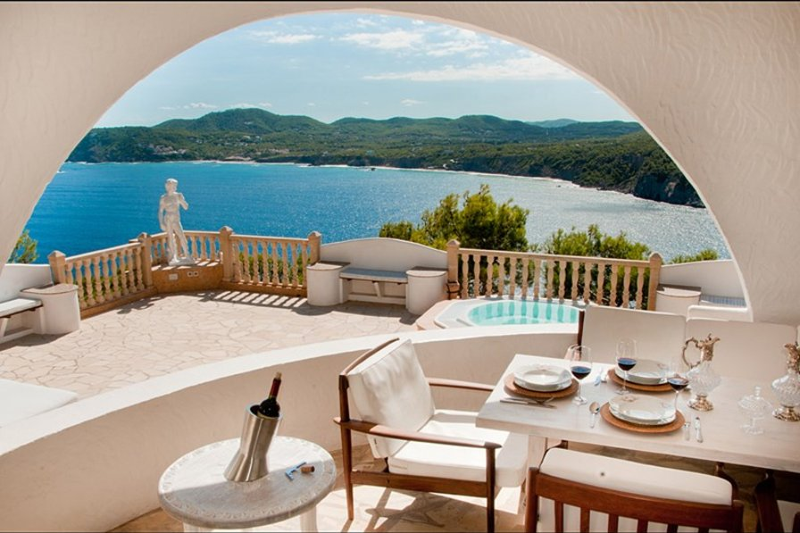 Owners abroad Your dream Ibiza villa near the beach with seaviews almost around