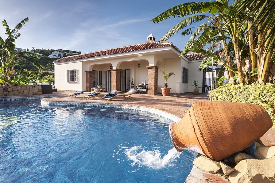 Villas To Rent In Menorca With Private Pool