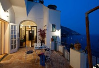 3 bedroom Villa for rent in Positano