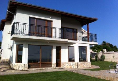 Villa in Priseltsi, Bulgaria: Luxury family villa preceltsi