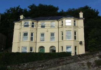 House in Ireland, Youghal: Fantastic Victorian Townhouse with sea views