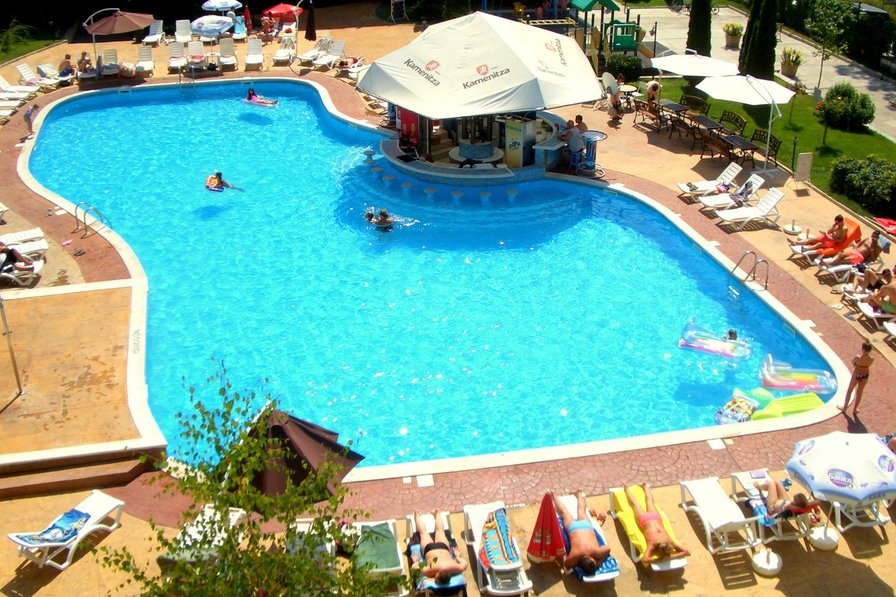 Apartment to rent in sunny beach bulgaria with pool 79878 - Sunny beach pools ...