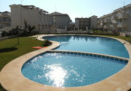 Apartment in Collados Zieschang, Spain: Pool and Complex