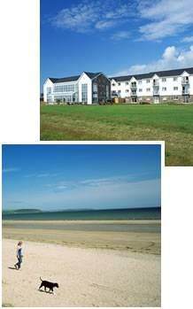 Apartment in Ireland, Youghal: Quality Hotel Aprtments, right by the beach