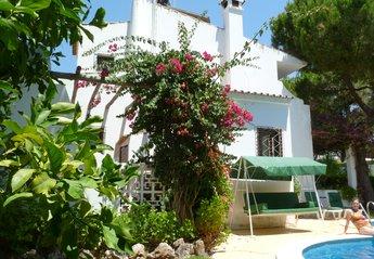 4 bedroom Villa for rent in Vilamoura