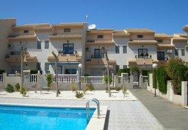 House in Playa Flamenca, Spain: House and pool