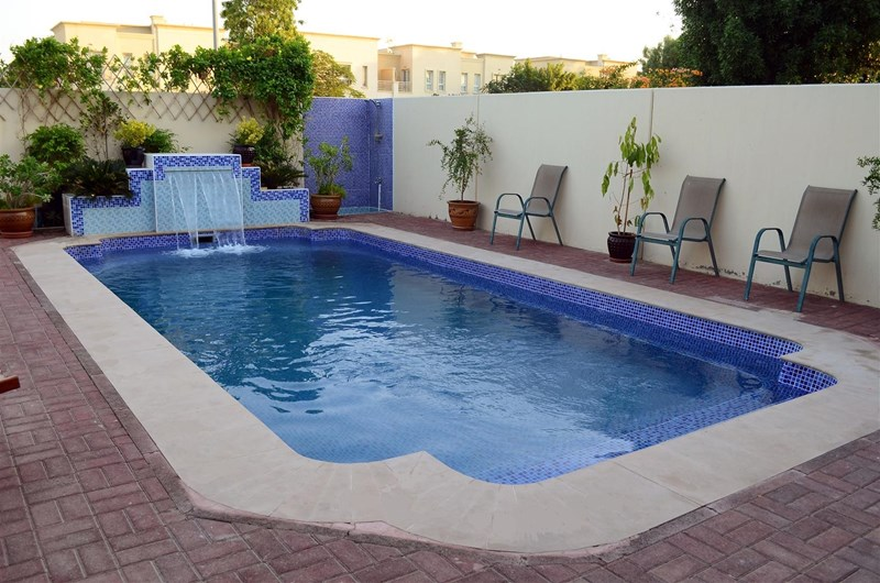 Villa In Dubai United Arab Emirates With Swimming Pool 80014