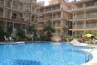 Apartment in India, Arpora: poolside