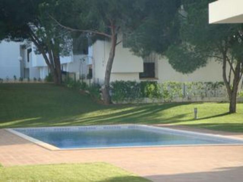Villa in Portugal, Vilamoura: Pool area