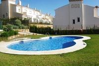 Spacious Duquesa townhouse, Malaga