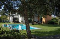 Villa in Portugal, Azeitao: Garden and swimming pool