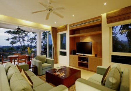 Apartment in Bang Tao Beach, Phuket: Living Room