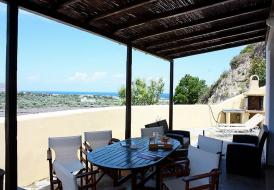 Villa Dyonisos close to the Golf course in Afandou with sea view