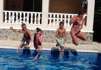 Villa in Spain, Ciudad de las Comunicaciones: Pool Fun