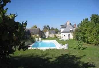 Gite in France, Tuffalun: manoir des rosiers garden