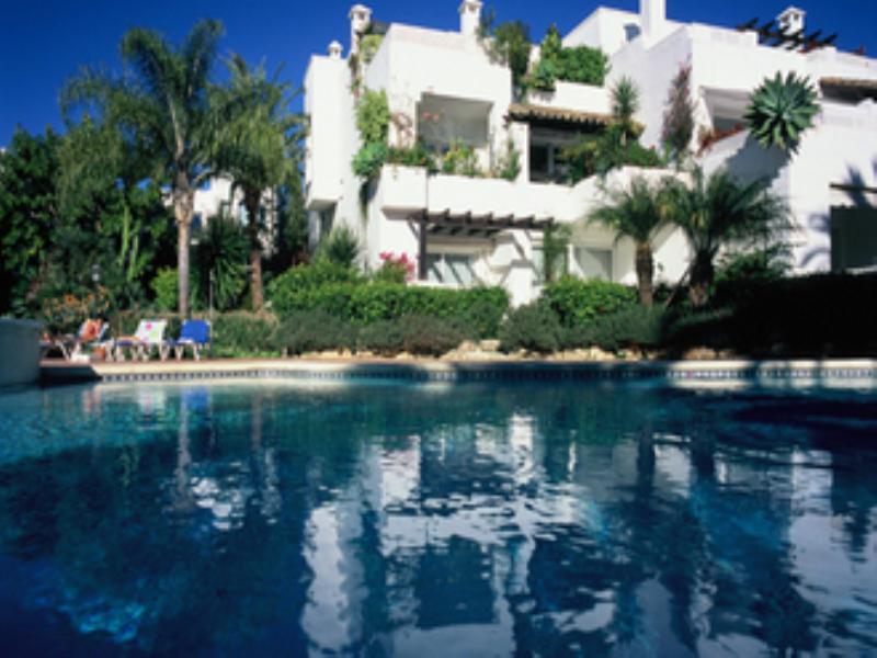 Apartment in Spain, Golden Mile: Alhambra del Mar - swimming pool