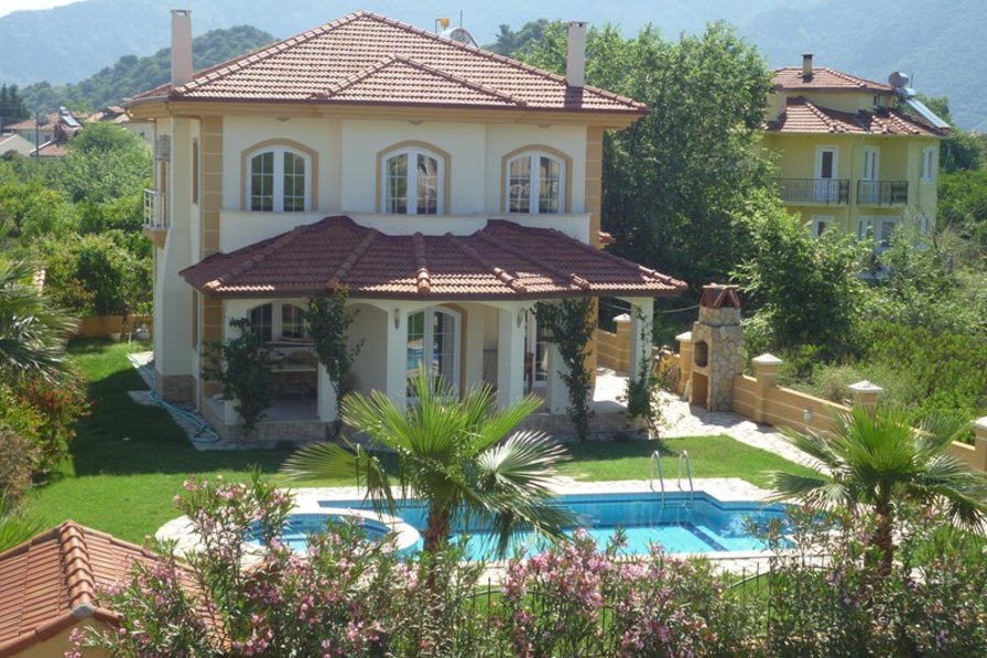 Villa in Turkey, Dalyan: Villa Orodelea with its mature garden and private pool