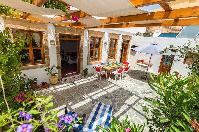 Village house in Greece, Ialyssos Center