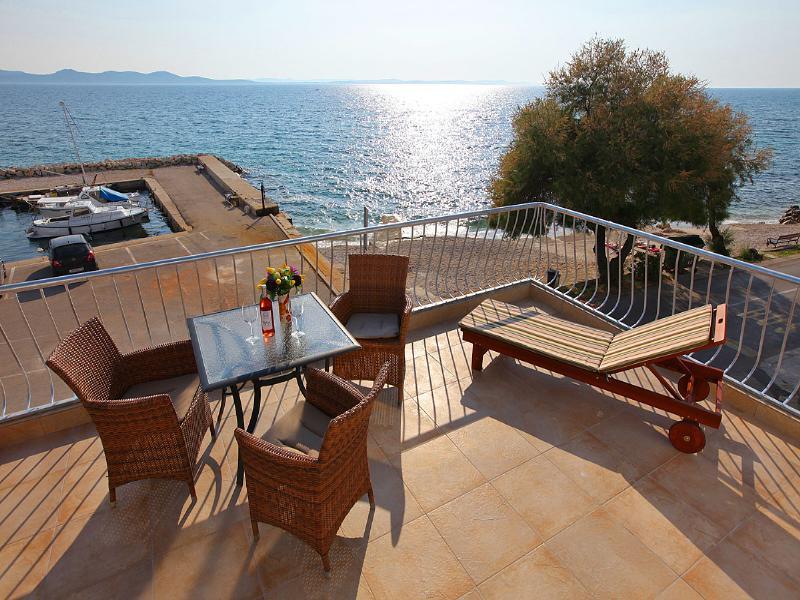 Apartment in Croatia, Diklo: terace