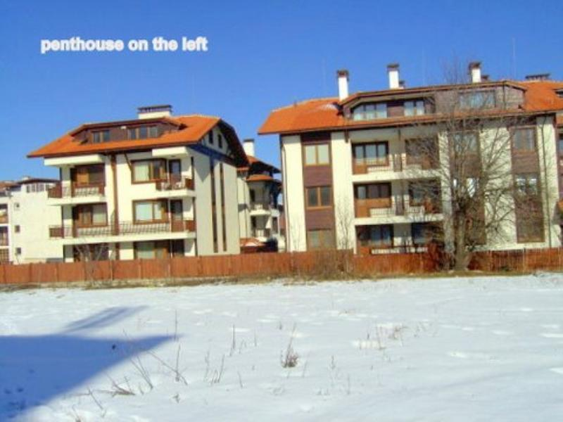 Penthouse apartment in Bulgaria, Bansko: left building top pentehouse