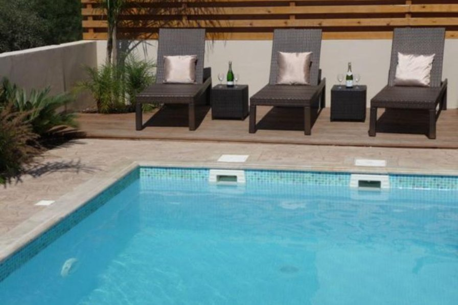 Owners abroad Luxury Villa with Private Pool and WiFi. 3 Beds, Sleeps 6
