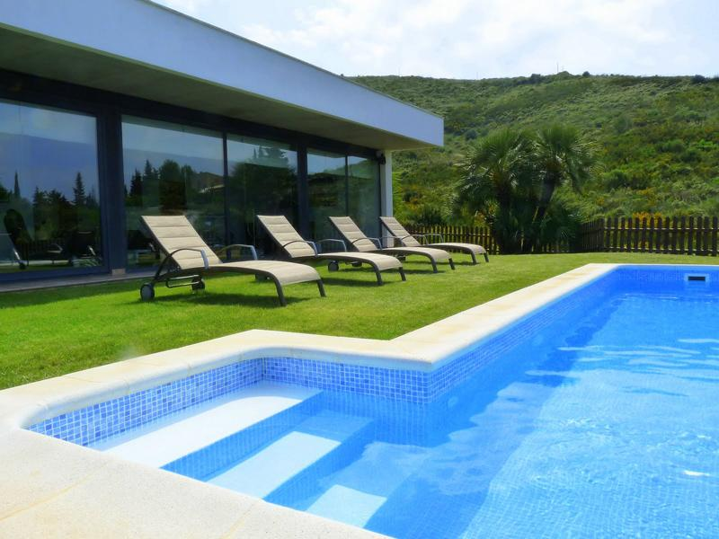 Villa in Spain, Alcudia: Villa and Pool