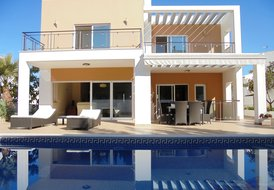 V4 Alvor 21 - 4 Bedrooms Villa with swimming pool in Alvor