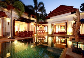 Villa in Thailand, Bang Tao Beach: Villa by night