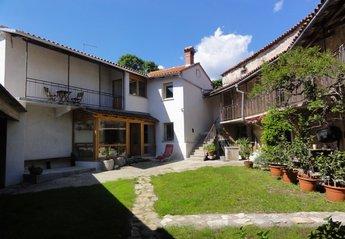 Village House in Slovenia, Karst