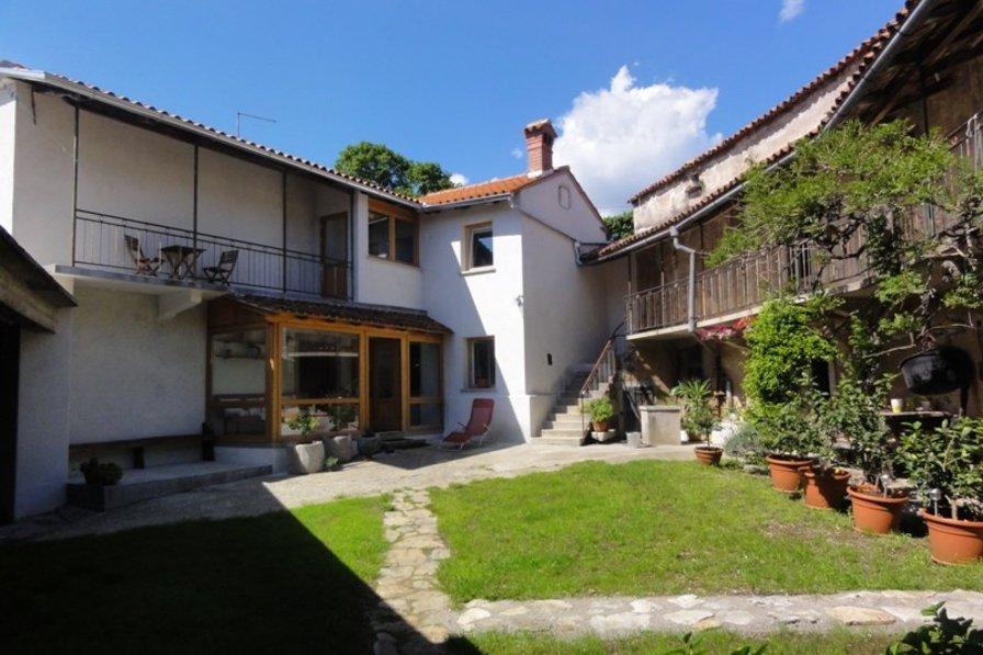 Village house in Slovenia, Dane pri Sežani