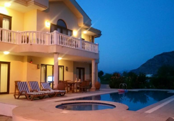 4 bedroom Villa for rent in Arikbasi