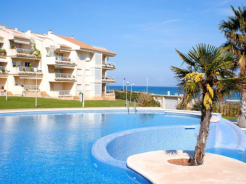 Beach Apartment In Alcossebre Spain With 2 Bedrooms