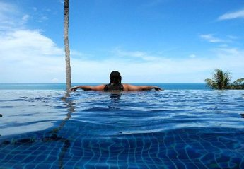 Villa in Thailand, Chaweng Noi: THE HORIZON INFINITY POOL