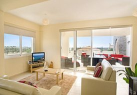 Stunning 2 bed Apartment in Mazotos, Larnaca, Cyprus