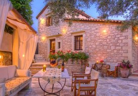 Newly built stone villa in Rethymno