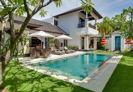 Cozy villa Alamanda w MOTOR BOAT