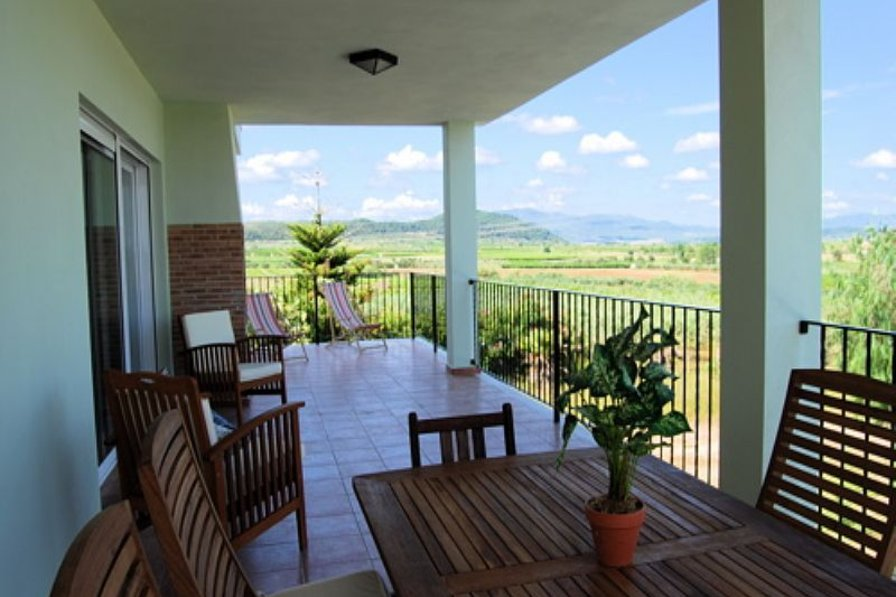 Villa in Spain, Les Blasques: Beautiful views from a large terrace