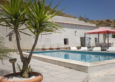 Village house in Spain, Altiplano: Pool and Terrace