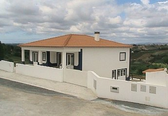Villa in Portugal, Fanadia: Exterior