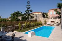 Villa in Greece, Heraklion region: Swimming pool at the houses deck
