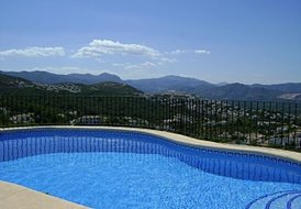Stunning 2 bed villa with private pool in Costa Blanca