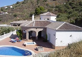 Stunning 3bed villa with private pool in Torrox