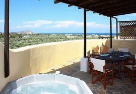 Aphrodite Villa with sea view & next to the Golf course