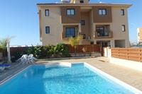 Apartment in Cyprus, Pervolia: Swimming Pool