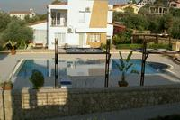 Villa in Cyprus, Kyrenia: Pool