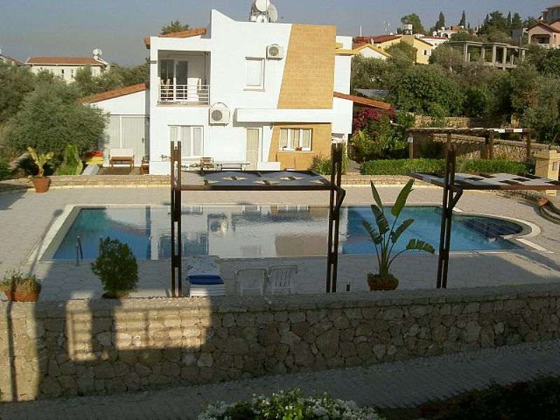 Villa in Cyprus, Kyrenia: Pool